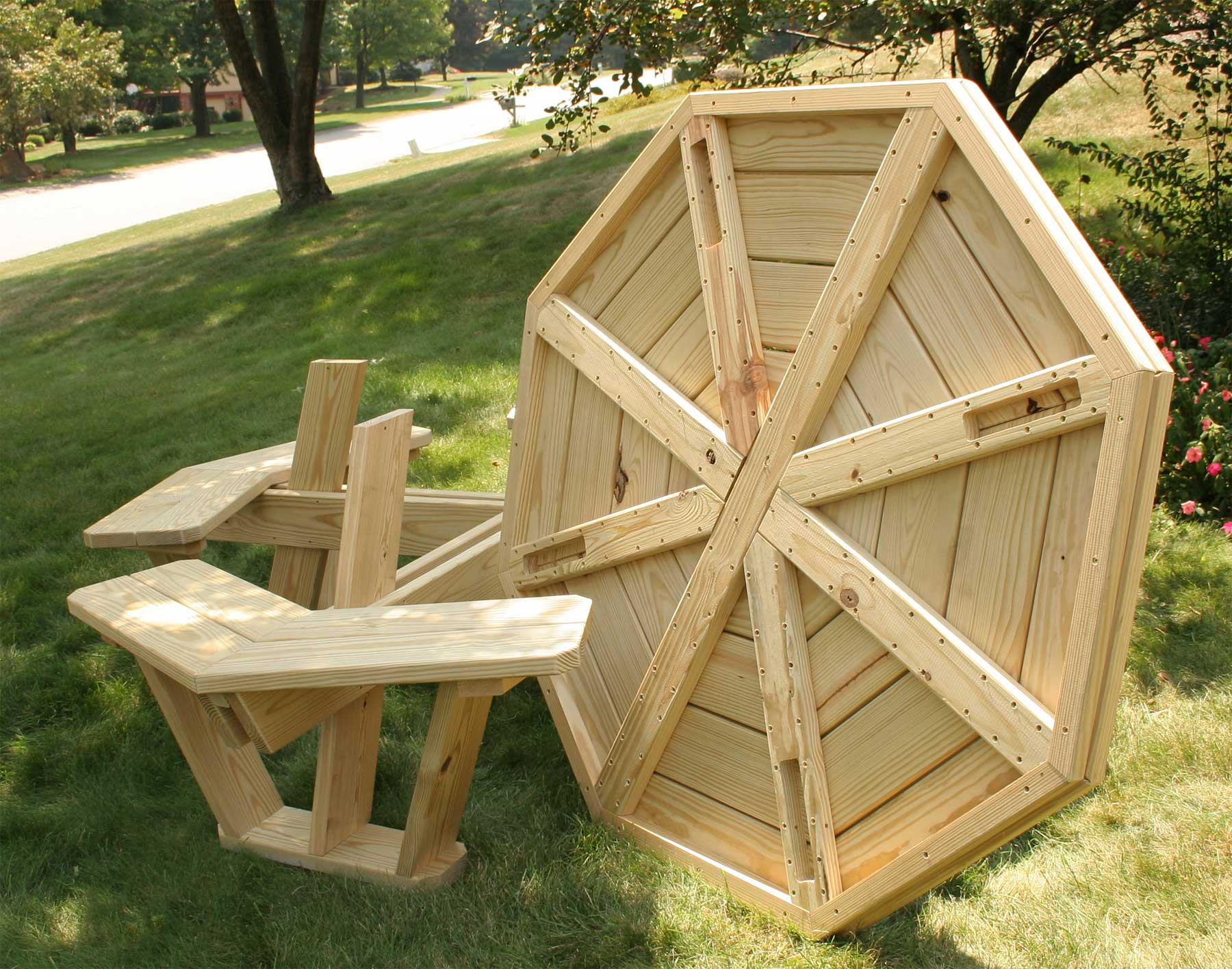 Free octagon wooden picnic table plans quick woodworking for How to build a wooden table from scratch