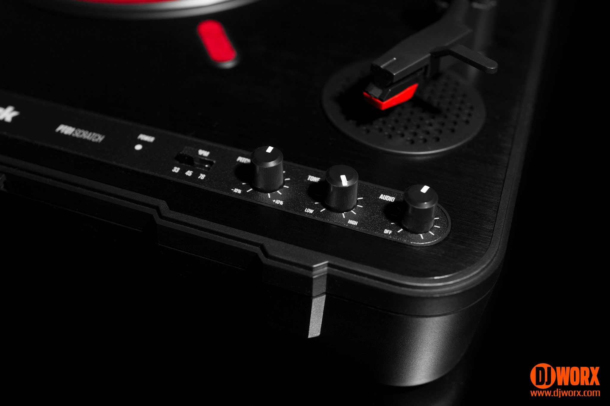 Request: Numark PT01 USB or PT01 Scratch Portable Turntable