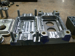 2 Cavity Compression Mould for coffee lid