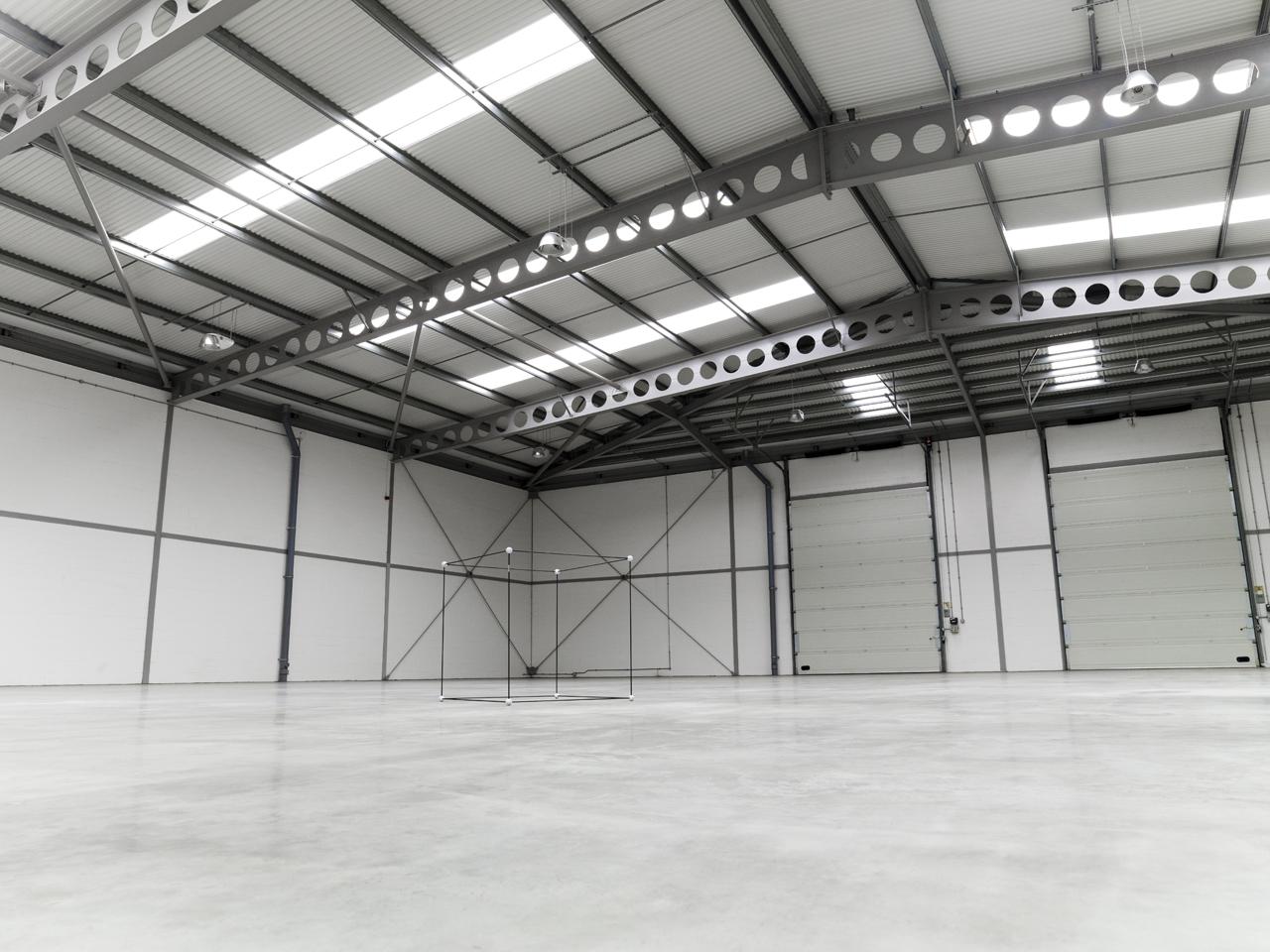 bsg hangar amb rad - photo #4