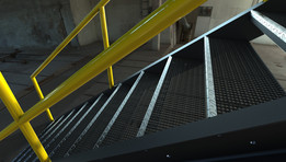 Escalera Industrial según COVENIN. Industrial Stair according to the COVENIN standards