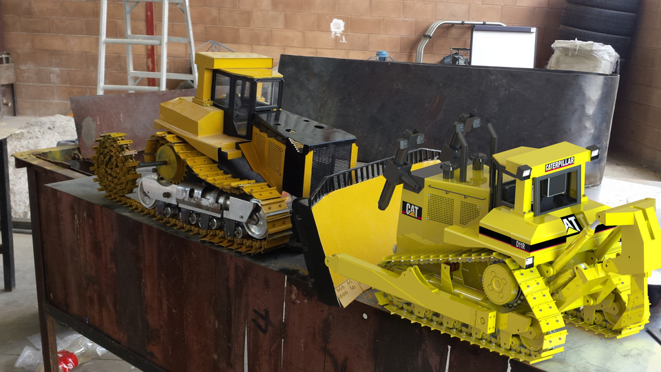 Bulldozer D11 RC (Scale 1/14)   3D CAD Model Library