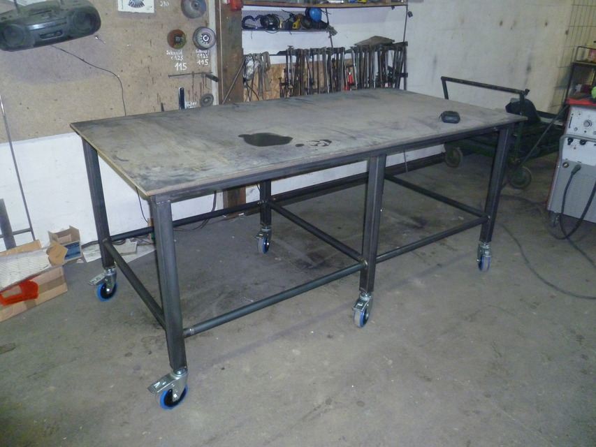 Welding table solidworks step iges stl solidworks 3d - Plan fabrication table ...