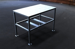 3' x 5' Weld Table