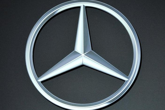 301 moved permanently for Mercedes benz logo 3d
