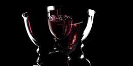 splitting wine glass