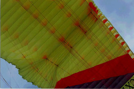 Study of a VARIABLE GEOMETRY into a paraglider canopy