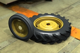 Front 2WD Tractor Tire